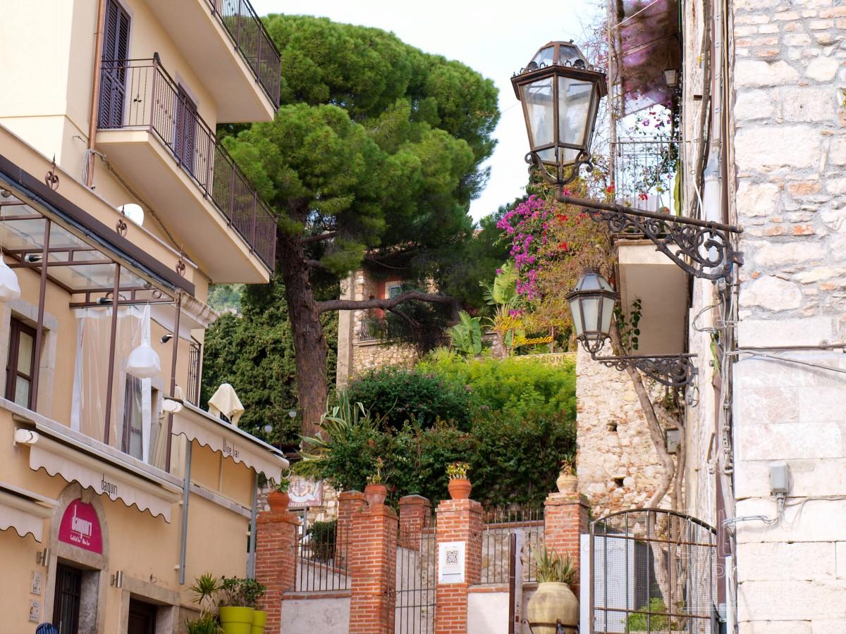 Taormina i jej urokliwe uliczki