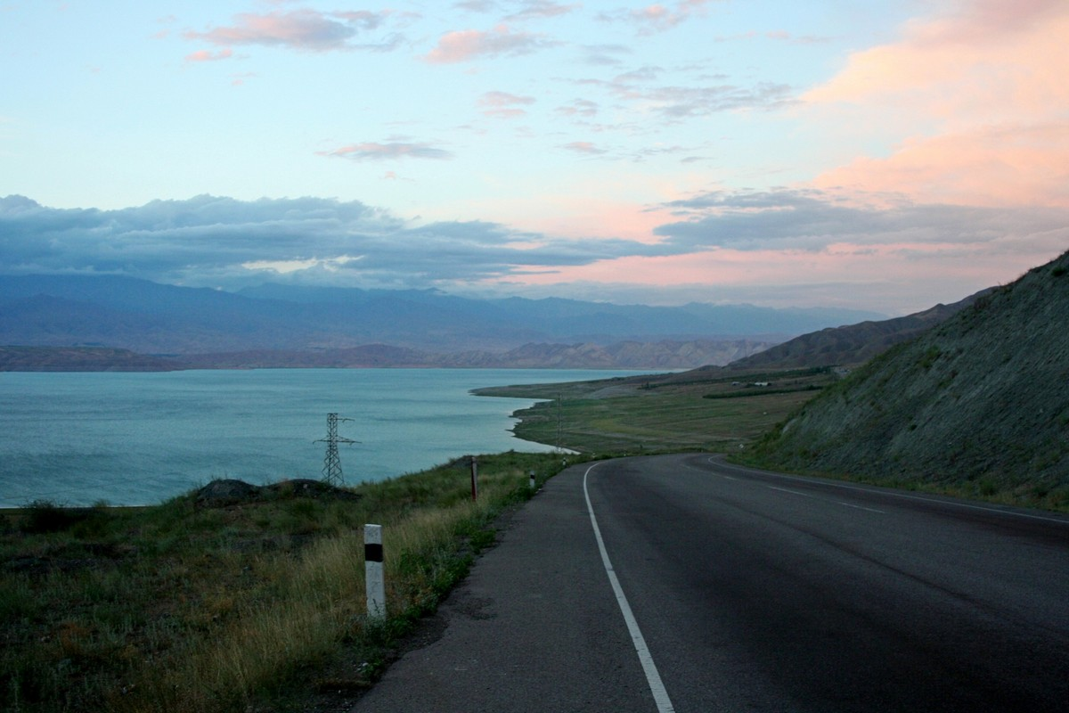 Toktogul - jezioro Kirgistan (10)