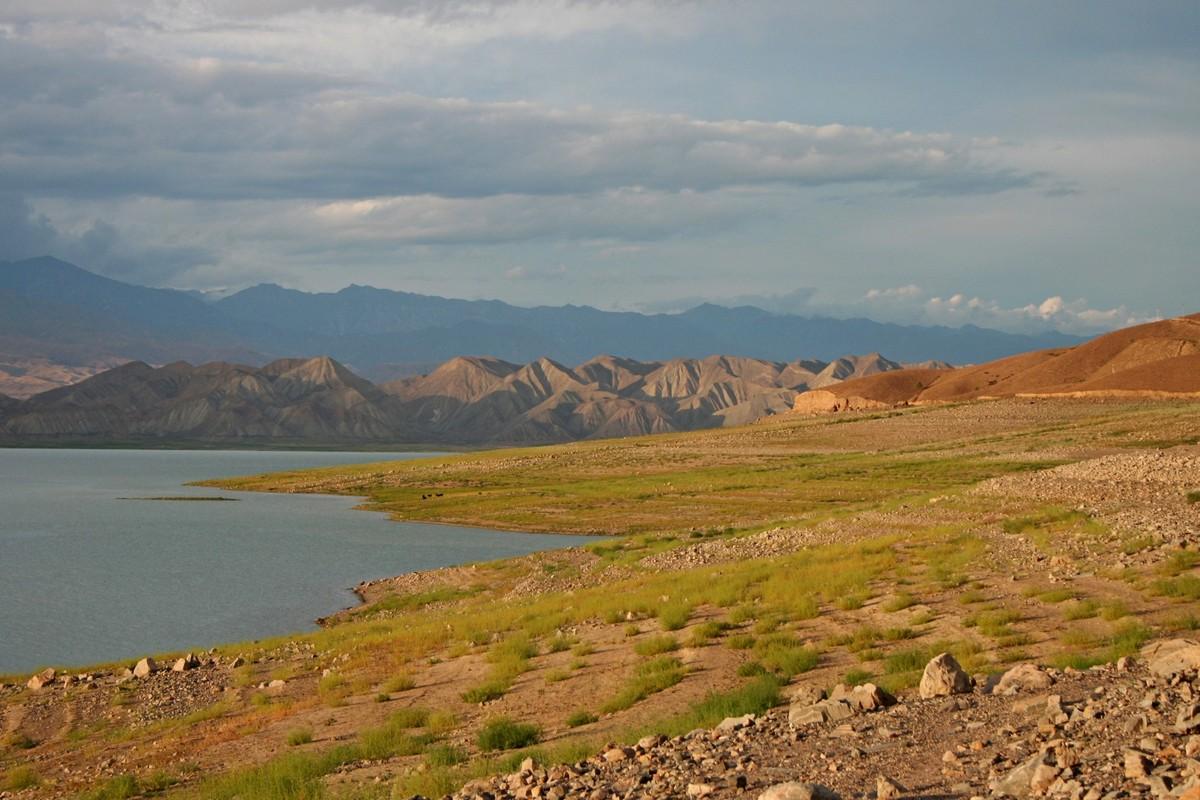 Toktogul - jezioro Kirgistan (7)