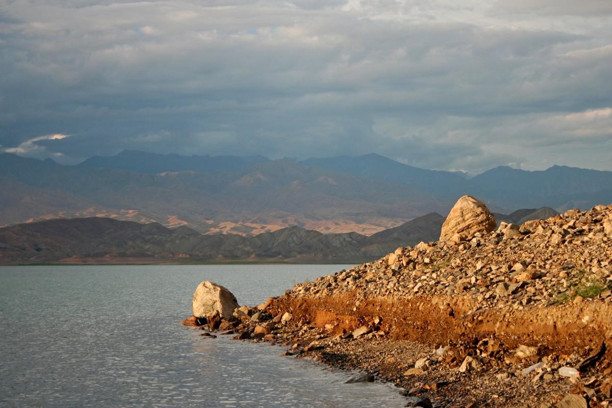 Toktogul - jezioro Kirgistan (8)