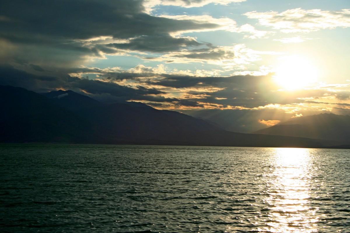 Toktogul - jezioro Kirgistan (9)
