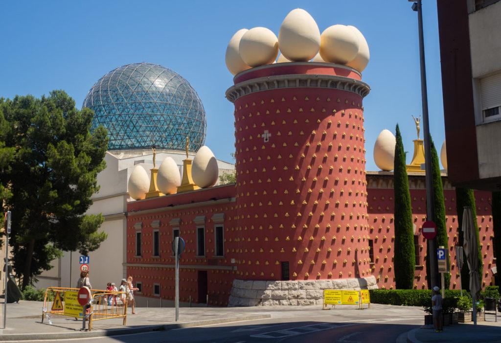 Figueres Dali opera muzeum