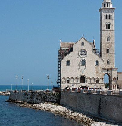 Apulia autem: Bari i wybrzeże romańskich katedr