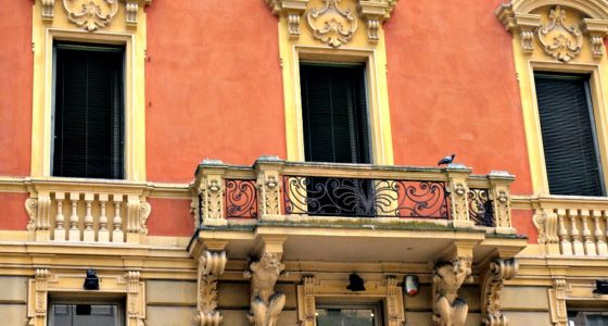Modena: Więc chodź, pomaluj mój świat