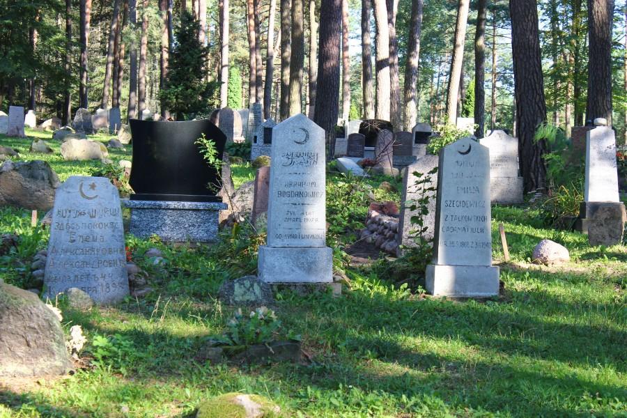 Cmentarz Tatarów w Kruszynianach (9)