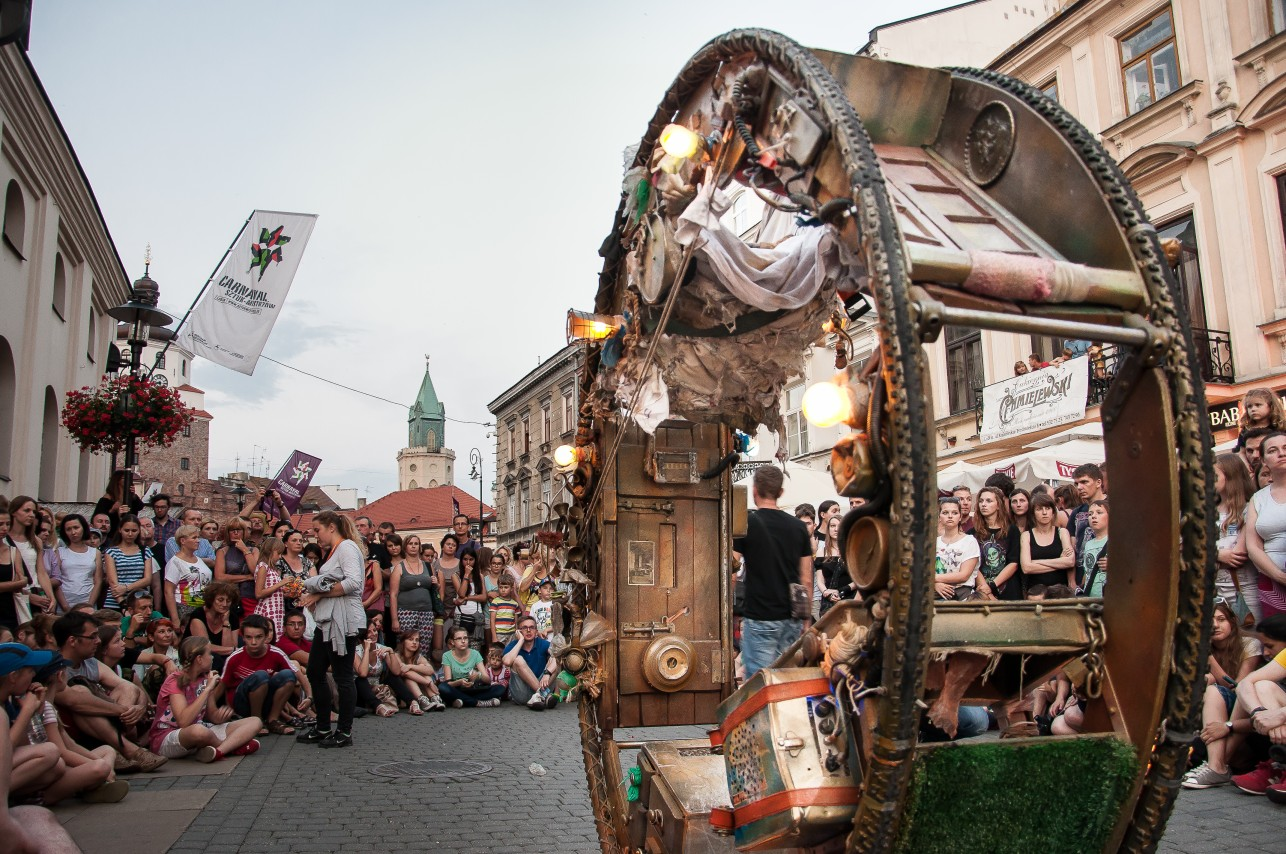 Carnaval_Acrojou_Piotr-Arnoldes001