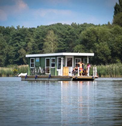 Jak spędziłam 2 dni na barce. Przewodnik po houseboatingu w Brandenburgii