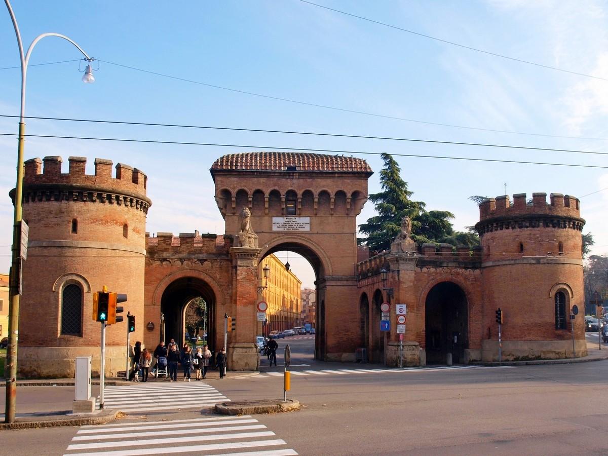 Bolonia Porta Saragozza