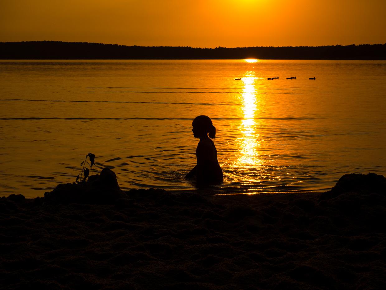 Boszkowo jezioro dominickie zachód słońca
