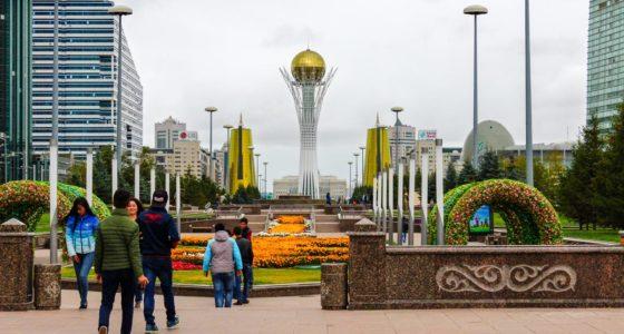 Nur-Sułtan: przewodnik po stolicy Kazachstanu. Jakie atrakcje warto zobaczyć?