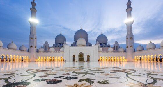 Nie tylko Dubaj – 8 najciekawszych miejsc w Zjednoczonych Emiratach Arabskich